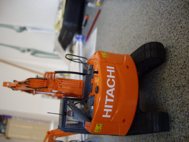 Hitachi Doppel-Arm-Arbeitsmaschine, Hasegawa 1:35 03610