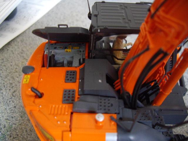 Hitachi Doppel-Arm-Arbeitsmaschine, Hasegawa 1:35 03710