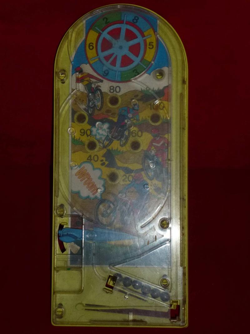 Piccolo flipper in plastica P1020118