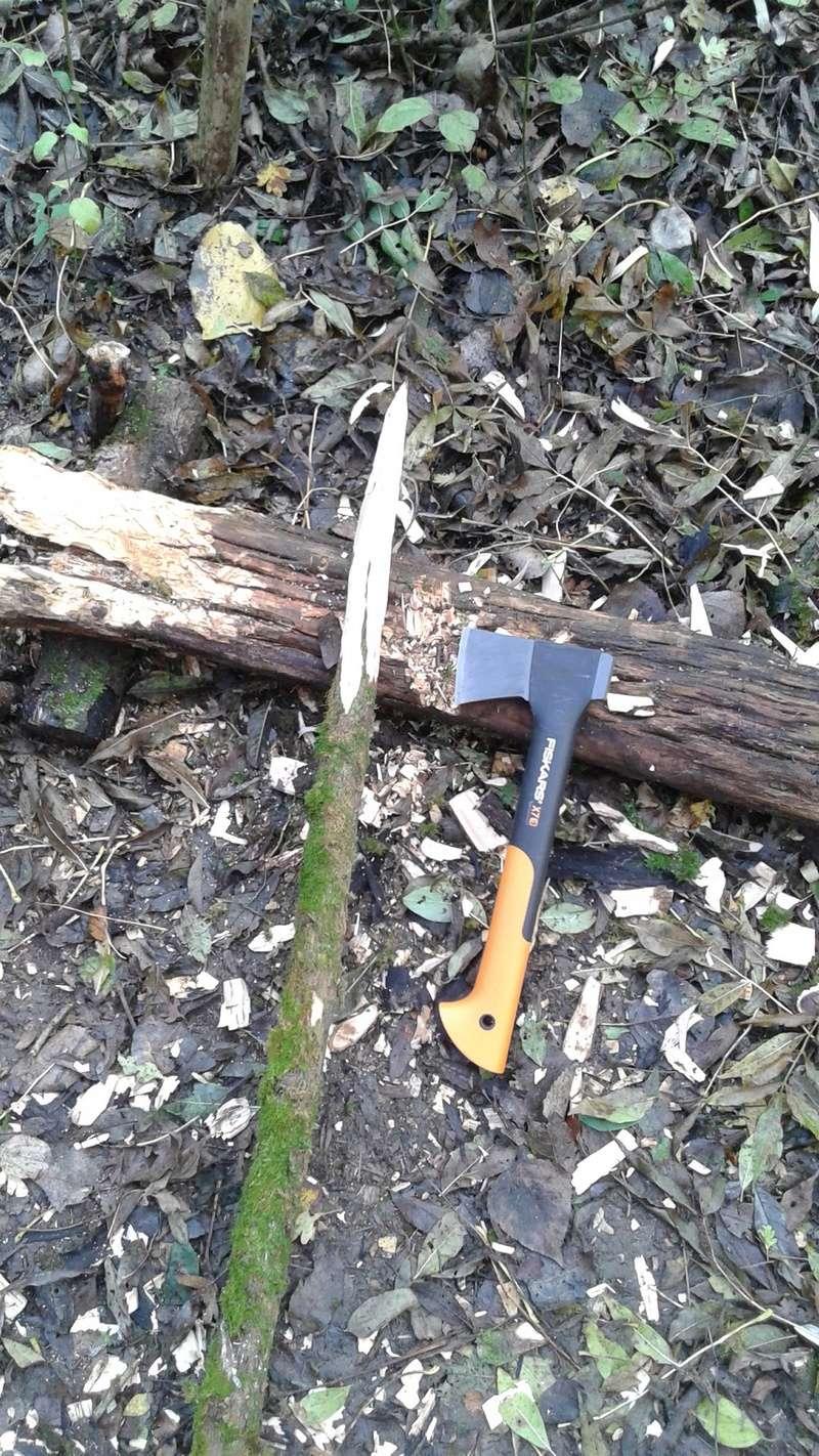 [Test] la hachette comme outil bushcraft Pointe10