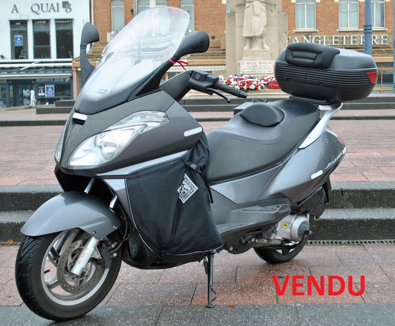 "A vendre Aprilia Atlantic 125 sprint  "" VENDU "" Dsc_0010"