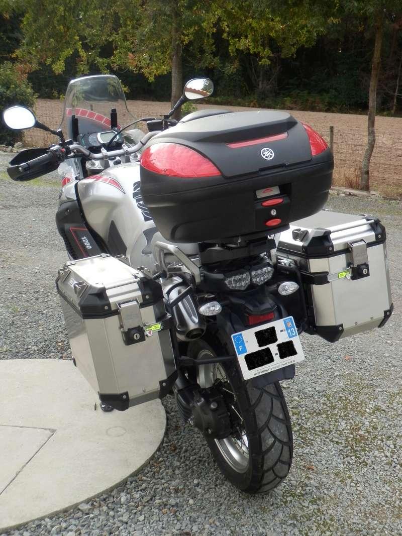 compatibilité valise latérale Yamaha et top case Givi Pa200011