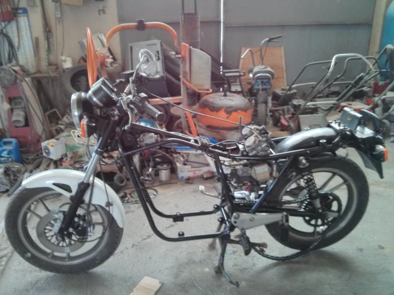 Restauration et préparation GSX 400S Img_2011