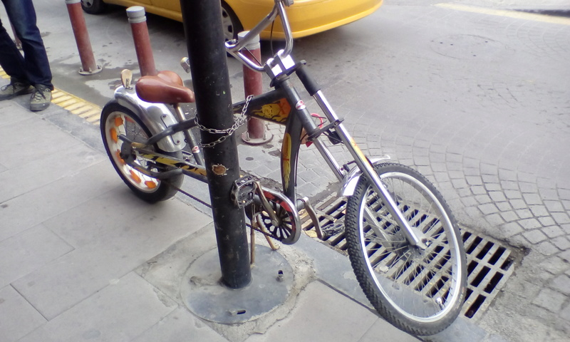 Custom vélo - Page 2 Istamb10