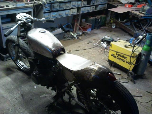 400 CBN Honda cafe racer  Tel_lu18