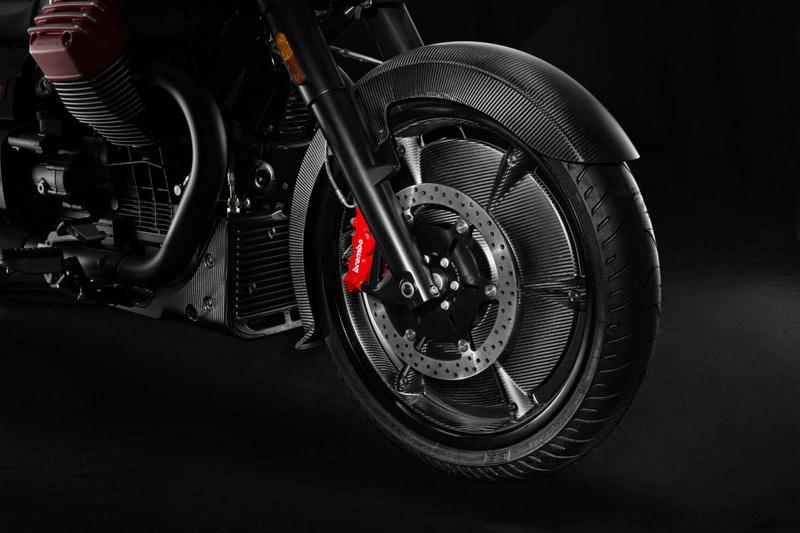 Essai Moto Guzzi MGX-21 – Batmobile 19-mgx10