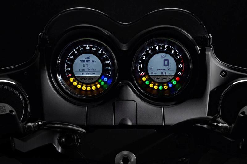 Essai Moto Guzzi MGX-21 – Batmobile 20-mgx10