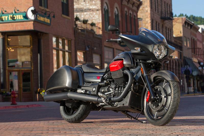 Essai Moto Guzzi MGX-21 – Batmobile 51-mgx10