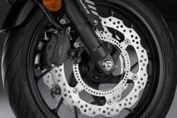 Un freinage d'urgence automatique pour les motos Honda Freina15