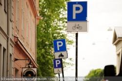 Stationnement payant pour les motos... Statio10