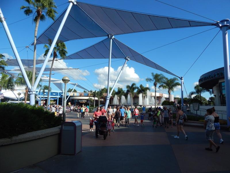 Un voyage de rêve à Walt Disney World ou comment vivre un mariage unique au pays de Mickey (octobre 2016) - Page 2 19_oco11