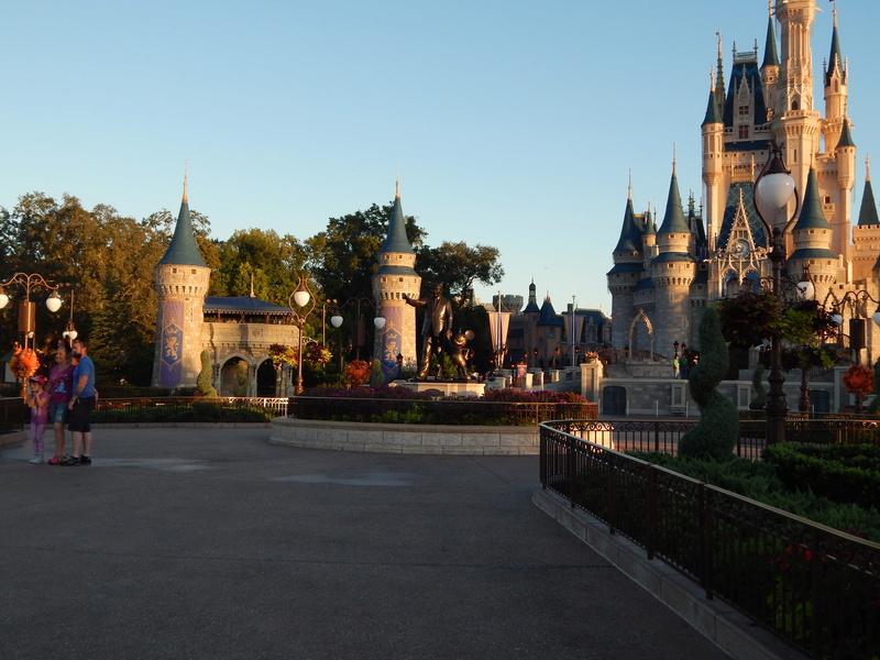 Un voyage de rêve à Walt Disney World ou comment vivre un mariage unique au pays de Mickey (octobre 2016) - Page 6 20_oct12