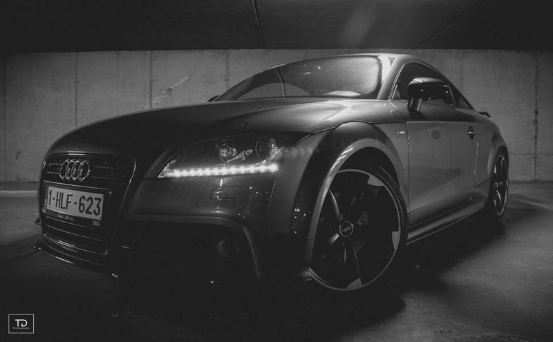Concours PhoTo : Le TT eT le Garage 16113212