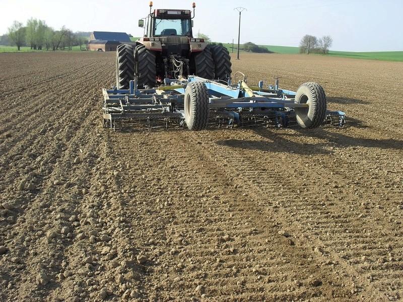 outils preparation du sol maïs - Page 2 0112