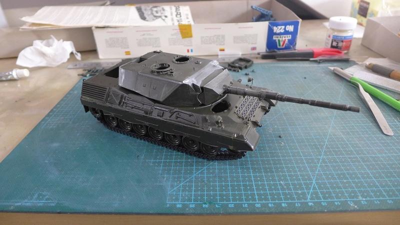 Leopard 1A4 von Italeri in 1:35 P1050814