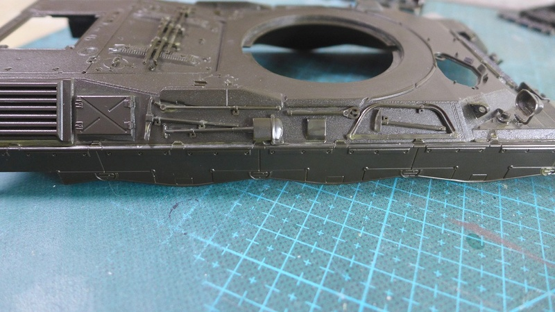 Leopard 1A4 von Italeri in 1:35 P1050816