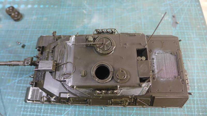 Leopard 1A4 von Italeri in 1:35 P1050820