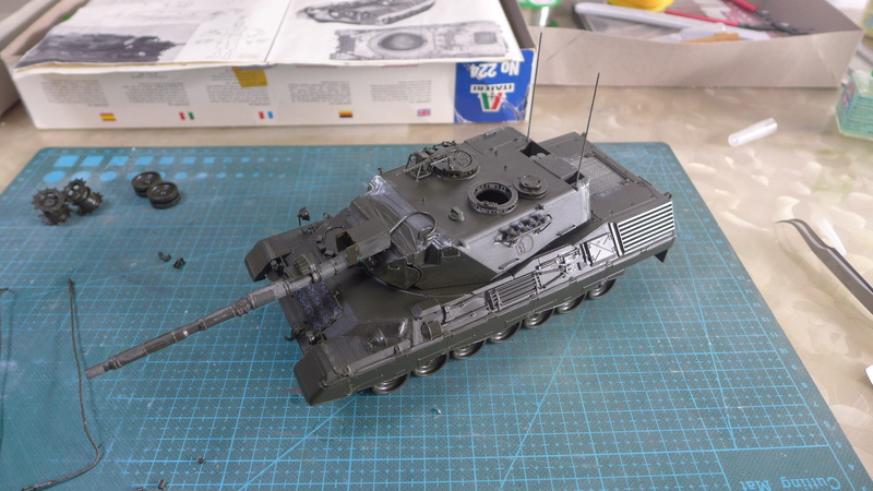 Leopard 1A4 von Italeri in 1:35 P1050821