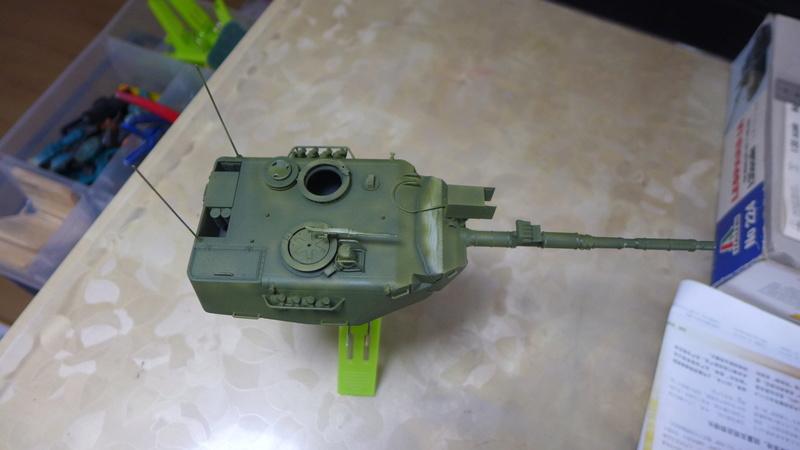 Leopard 1A4 von Italeri in 1:35 P1050837