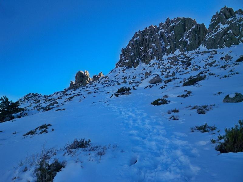 Montañismo: sábado 24 de diciembre 2016 - Torres de la Pedriza 014_ha10