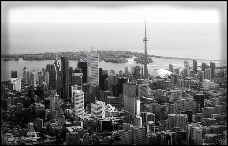 Trouver la ville  - Page 5 Toront10