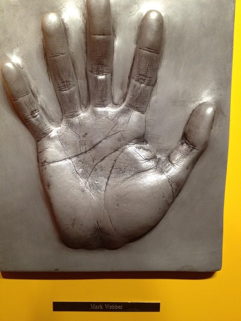 Famous Hand Cast: Mark Webber (F1 driver) 257810