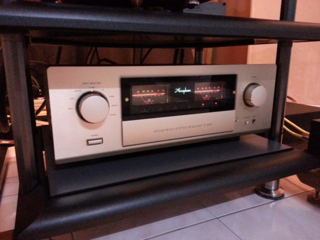 Accuphase e-408  Accuph10