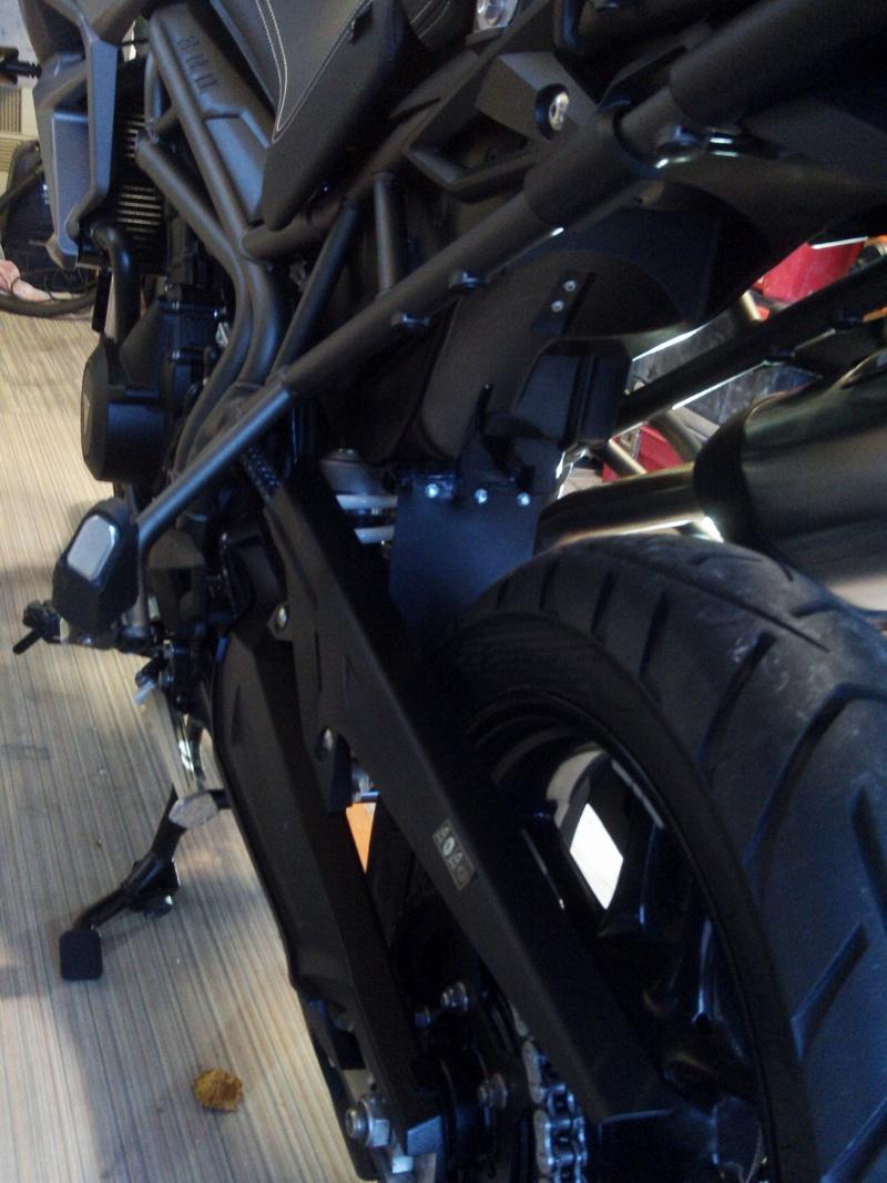 Qu'avez vous fait à votre moto aujourd'hui ? - Page 6 File0012