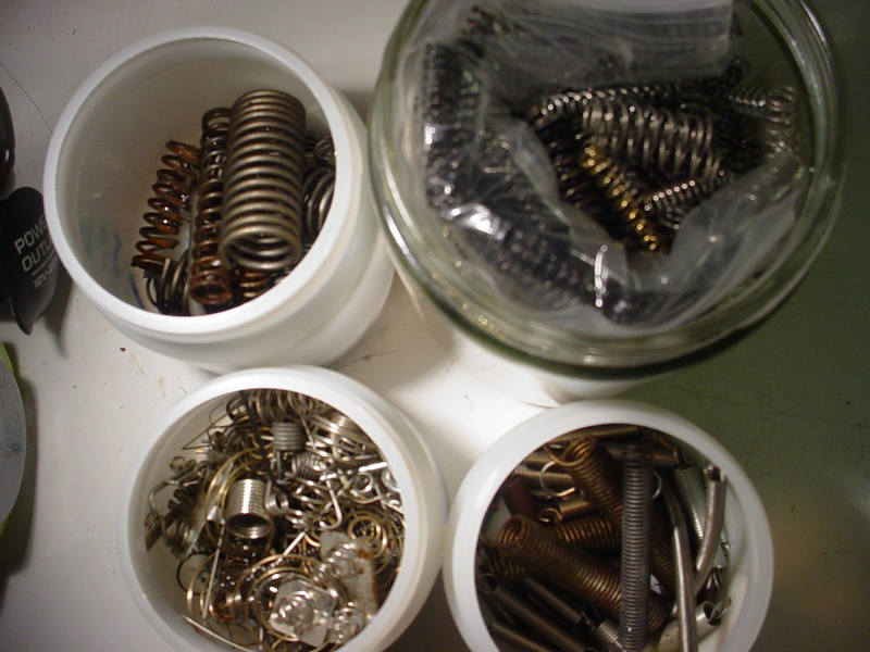 springs.. many types I have O/H Dsc03720