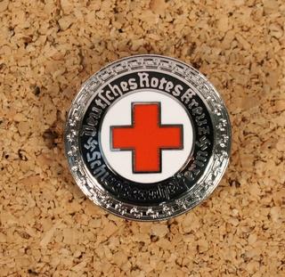Deutsche Rote Kreuz (DRK), la tenue de l'aide soignante allemande Drk_br14