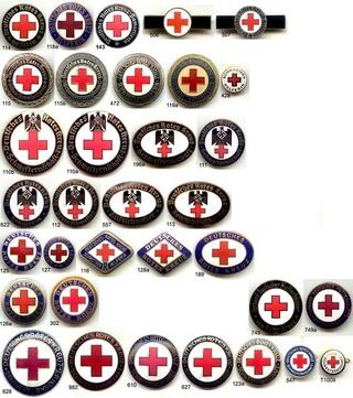 Deutsche Rote Kreuz (DRK), la tenue de l'aide soignante allemande F94a1610