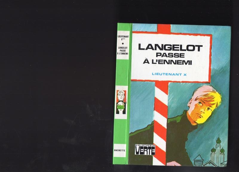 Les livres d'enfants avec bandeau.  Img61010