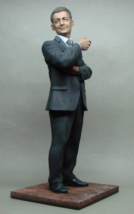 Figurine de Nikolay Ivanov, à voir absolument Sarko_19