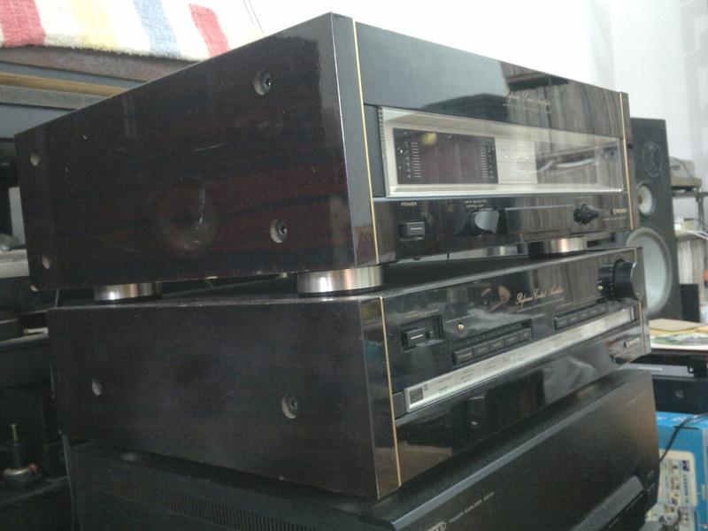Pioneer C90 pre & M90 power amp 03012013