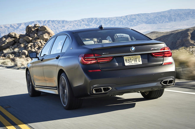BMW M7series at last. Bmwm7611