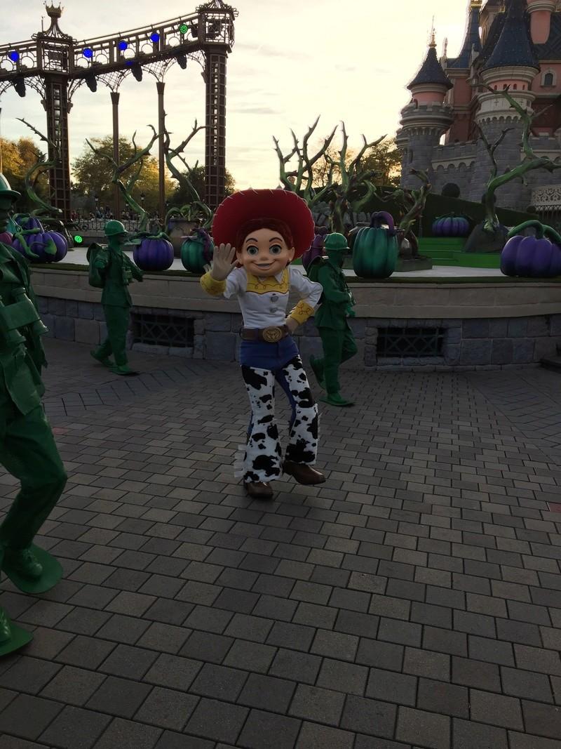 TR : Le 31 octobre à Disneyland Paris Img_1020