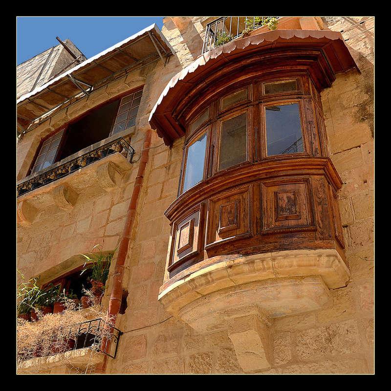 Des fenêtres d'hier et d'aujourd'hui. - Page 25 Fen_b10