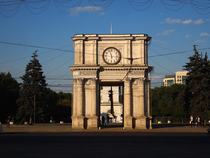Reçu un beau diapo....Les horloges et pendules des rues..... - Page 42 Hor_a11