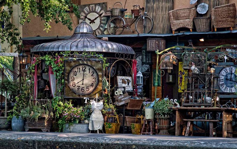 Reçu un beau diapo....Les horloges et pendules des rues..... - Page 43 Hor_aa10