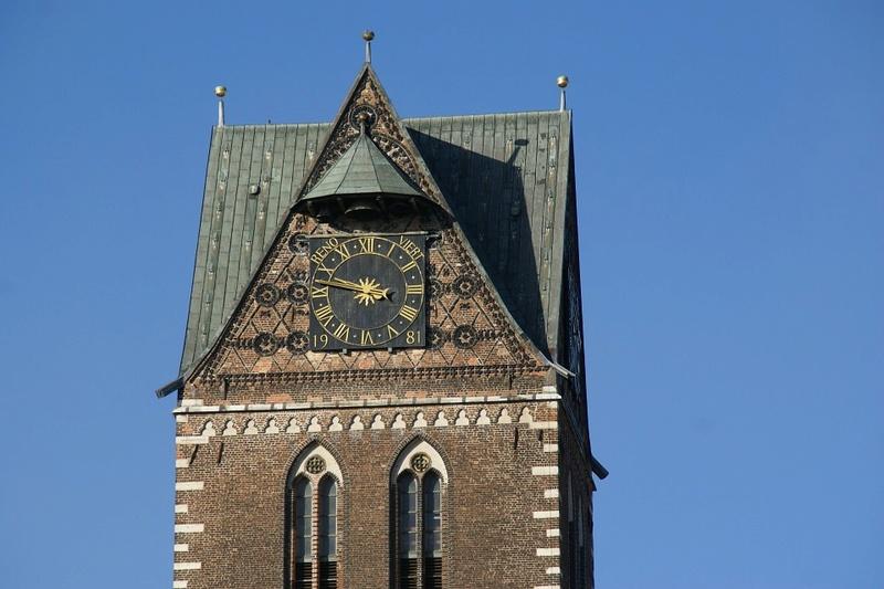 Reçu un beau diapo....Les horloges et pendules des rues..... - Page 42 Hor_ja10