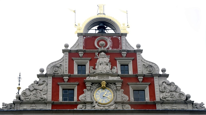 Reçu un beau diapo....Les horloges et pendules des rues..... - Page 41 Hor_z11