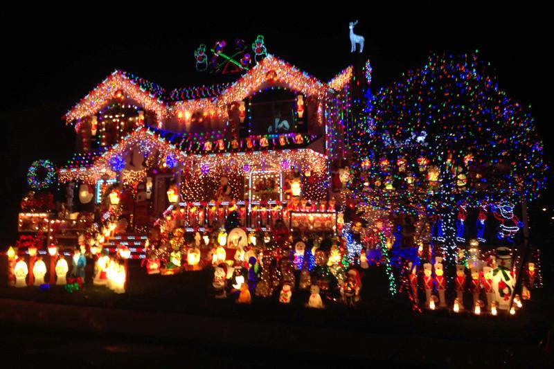 Les illuminations de Noël pour les fêtes 2.015   2.016 ! - Page 13 No_a13