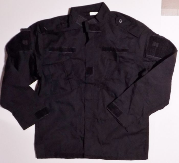 ISOF Black and Camouflage Uniforms Black_10
