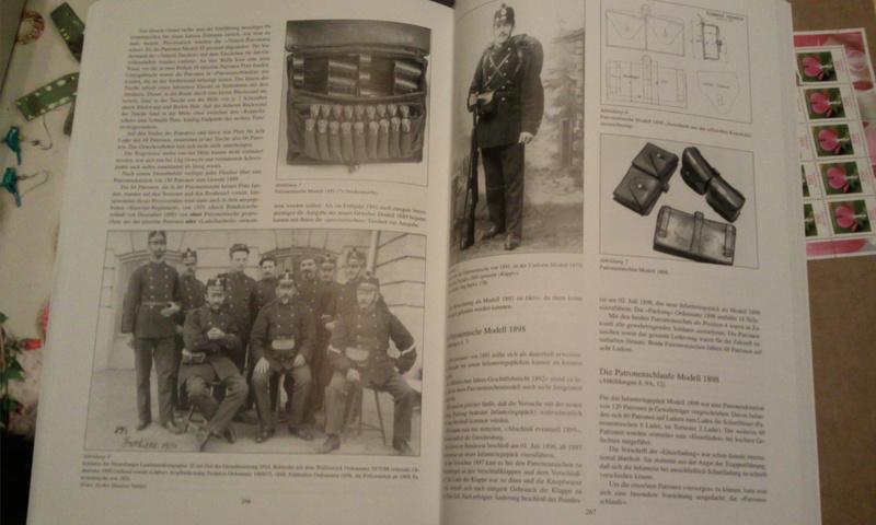 Livre sur les cartouchières Photo029