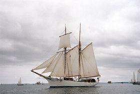Les voiliers école de la Marine nationale -belle10