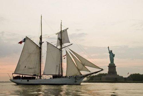 Les voiliers école de la Marine nationale Belle-10