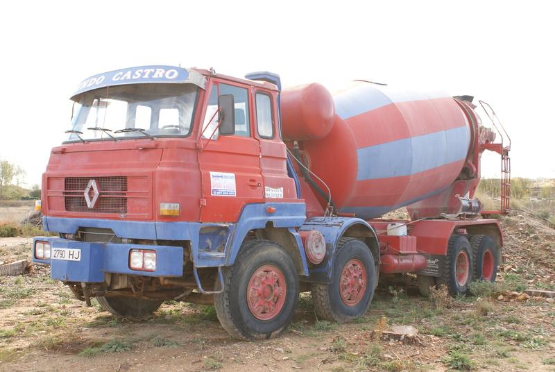 Pompes a beton + Camions malaxeur (Camions Toupie) - Page 4 Dsc00125