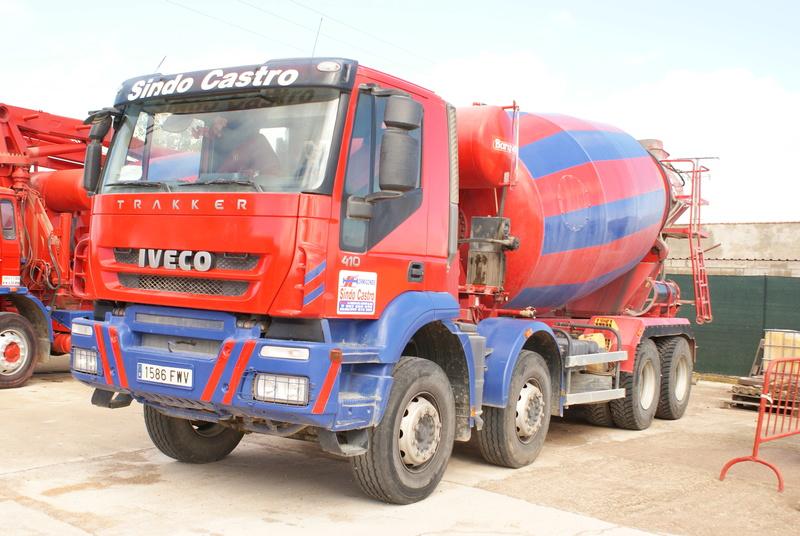 Pompes a beton + Camions malaxeur (Camions Toupie) - Page 4 Dsc00126