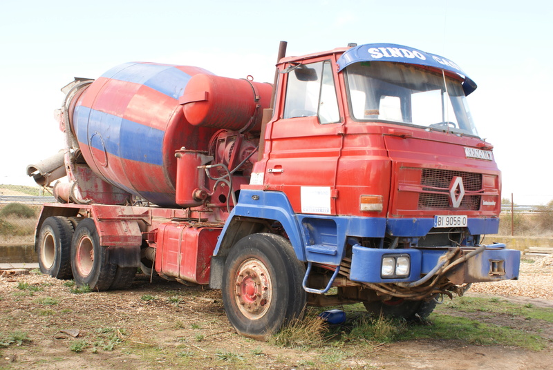 Pompes a beton + Camions malaxeur (Camions Toupie) - Page 4 Dsc00127