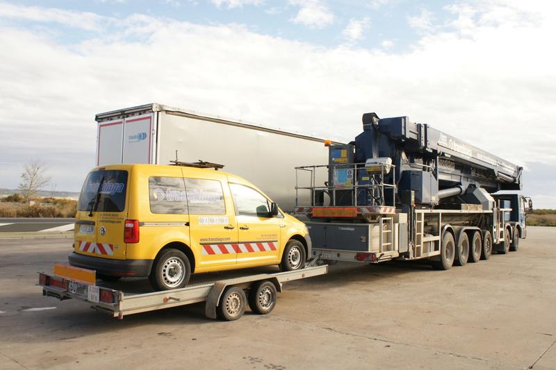 Camions grues et grues automotrices - Page 9 Dsc06115